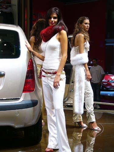 Les Plus Beaux Mod Les Du Dernier Salon De L 39 Auto De Paris Le Wiki De Ledman