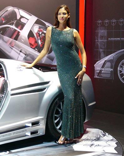 Les plus beaux mod les du dernier salon de l 39 auto de paris for Les modeles de salon